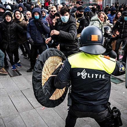 Hollandada sokaklar karıştı
