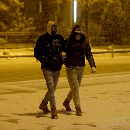 Kar İstanbulunkapısına dayandı