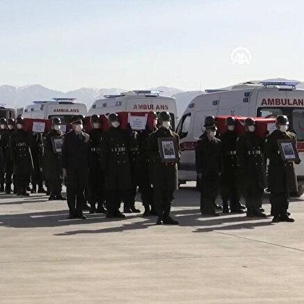 Türkiye kahramanlarını uğurluyor