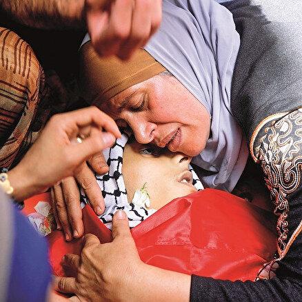 Gazzede çocuklara bomba