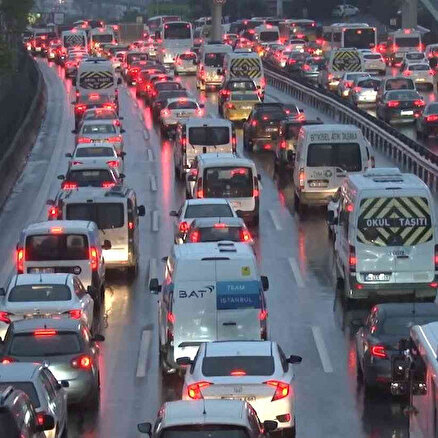 İstanbulda yağmur trafiği