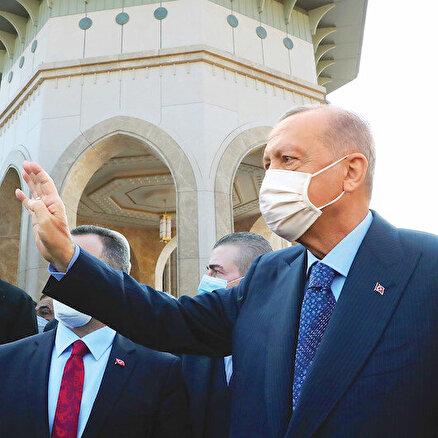 Türk dünyası kendi göbeğini kesmeli