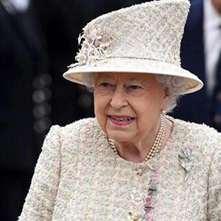 Kraliçe II. Elizabeth bitkin