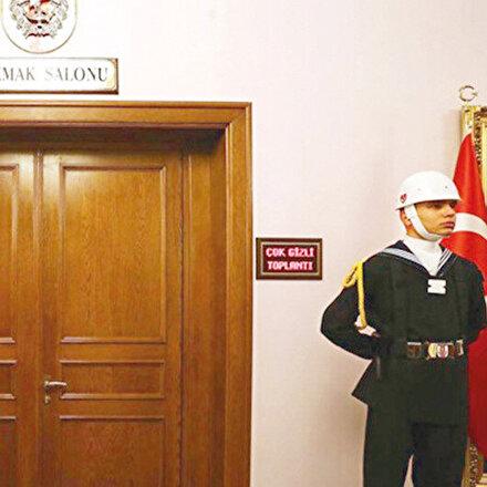 YAŞ öncesi FETÖ kumpasları: Kendine düşman gördükleri subayları itibarsızlaştırmak için iftiralara başvuruyorlar