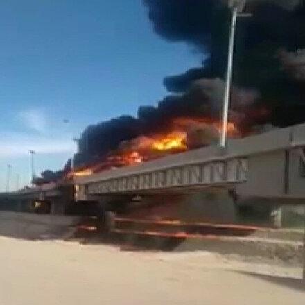 Mısır'da petrol yüklü tanker böyle patladı: İki kişi hayatını kaybetti