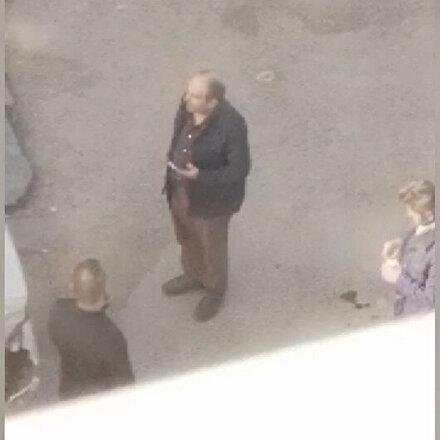 Sultangazide bir baba oğlunu pompalı tüfekle vurup başında bekledi