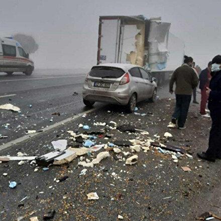 Cadde savaş alanına döndü: Bitlisteki zincirleme trafik kazasında 1 kişi öldü, 7 kişi yaralandı