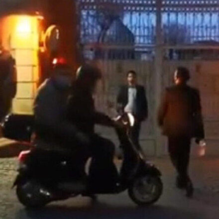 İran Başkonsolosluğu çalışanları TRT World ekibine saldırdı