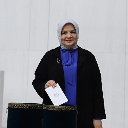 AK Parti Kadın Kolları Başkanlığında bayrak değişimi: Ayşe Keşir aday gösterildi
