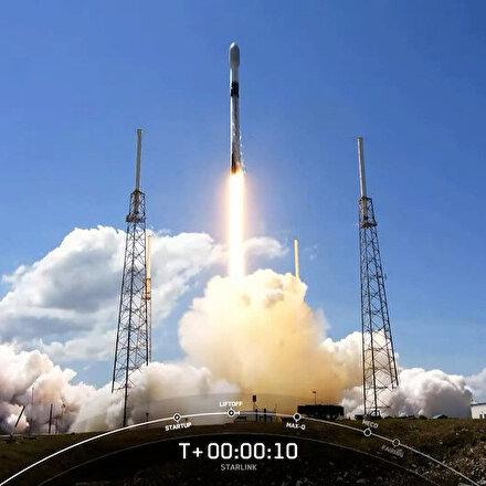 SpaceX uzaya 60 adet Starlink uydusu daha gönderdi