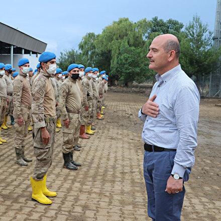 Bakan Soyludan Arhavideki çalışmalara katılan jandarma personeline teşekkür