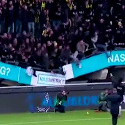Hollandada galibiyet kutlaması sırasında tribün çöktü
