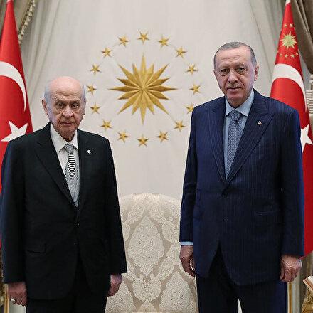 Cumhurbaşkanı Erdoğan ile MHP Genel Başkanı Bahçeli Külliyede görüştü