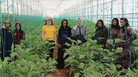 Turkish, Syrian women join hands to earn living