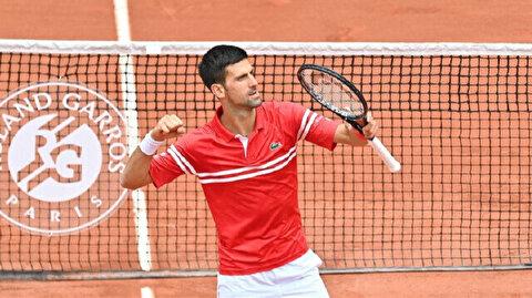 Novak Djokovic moves to last-8 in French Open