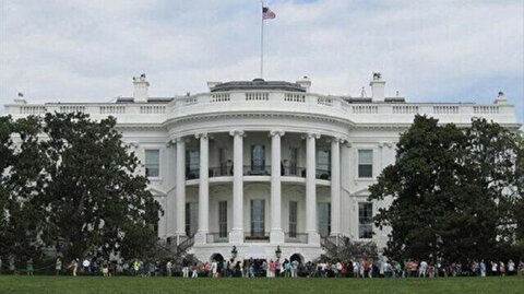 Vaccinated White House staffer tests positive for COVID