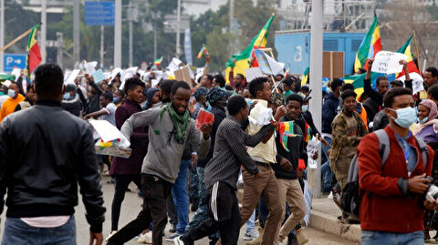 Tens of thousands gather in Ethiopia's capital to condemn Tigray rebels