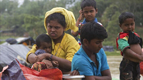 Flood leaves thousands of Rohingya homeless at Bangladesh's refugee camps