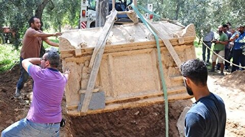 Ancient Roman tomb found in Bursa olive grove
