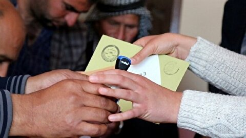 Over 90 percent of ballots counted in referendum, 'Yes' votes in lead