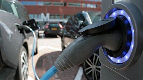 السيارات الكهربائية تجذب اهتمام المستهلكين في شوارع الأردن