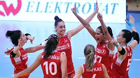 Turkey's U19 women reach semis in European Volleyball