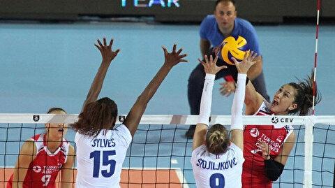 سيدات تركيا يتغلبن على المنتخب الفرنسي في بطولة الطائرة بأوروبا