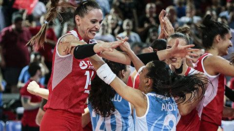 Volleyball: Turkish women advance to European Final