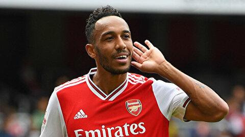 Arsenal'de Xhaka'nın yerine kaptanlığa Aubameyang getirildi