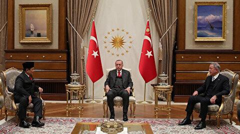 أردوغان يستقبل وزير الدفاع الإندونيسي في العاصمة أنقرة