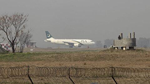 Pakistan suspends international flights for two weeks
