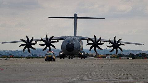 طائرة مساعدات طبية تركية تصل صربيا