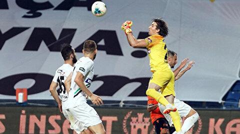 Denizlispor Kalecisi Tolgahan Acar Başakşehir maçında eleştirilerin odağına yerleşti