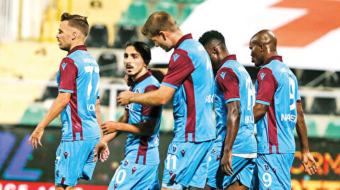 Trabzonspor intihar etti: Bordo mavililer şampiyonluk şansını iyice zora soktu