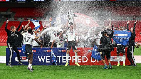 Brentford'u yenen Fulham Premier Lig'de (ÖZET)
