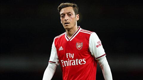 Arsenal'da kadroya alınmayan Mesut Özil sessizliğini bozdu