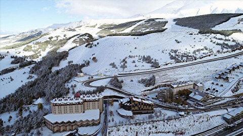 """أرضروم التركية.. إقبال كبير على مركز """"بالاندوكان"""" للتزلج"""