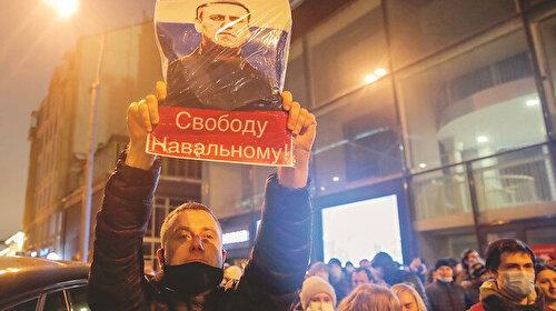 İlk kriz Navalny