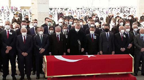 Eski başbakan Yıldırım Akbulut'a veda: Cenaze törenine Erdoğan da katıldı
