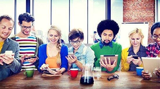 Teknoloji = İnternetten önce ve internetten sonra olarak ayrılan hayatlar