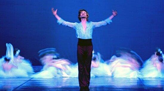 Bale kadın sanatıdır algısını yıkıp adını geniş kitlelere duyuran Türk baletler