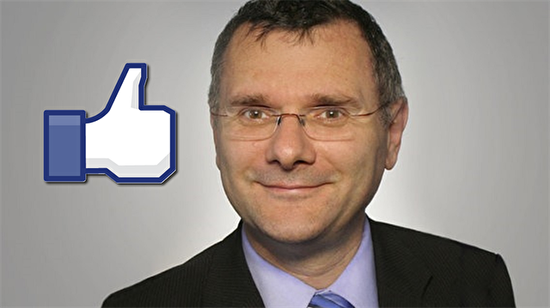 Facebook beğenisi yüzünden bakan olamadı