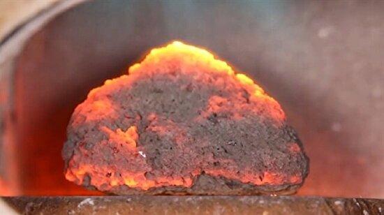 Lav taşı yakılırsa ne olur?