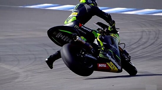 MotoGP'de 'slide-drift' anları ve kazalar