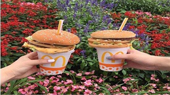 Japonlardan ilginç akım: Hamburger Straw