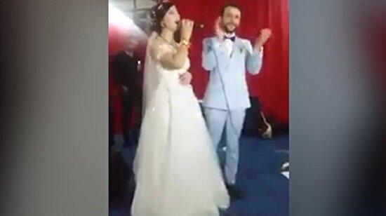 Düğününde Neşet Ertaş söyleyen gelin ayakta alkışlandı