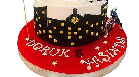 Demet Akalın'dan Seren Serengil'e paylaştıkları butik pastalarla gözlerimizi kör eden ünlüler!