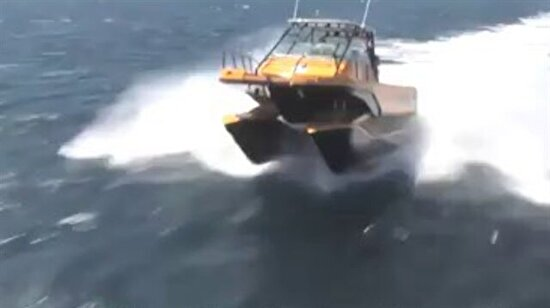 Süspansiyonlu tekne