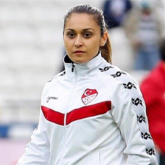 FIFA'dan Neslihan Muratdağı'na görev