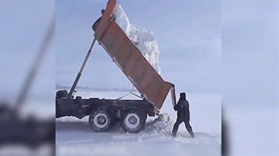 Kuzey Kutbu'na buz getiren duyarlı kamyoncu